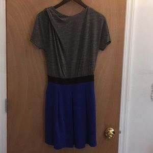 Colorblock blouson dress with pleated skirt